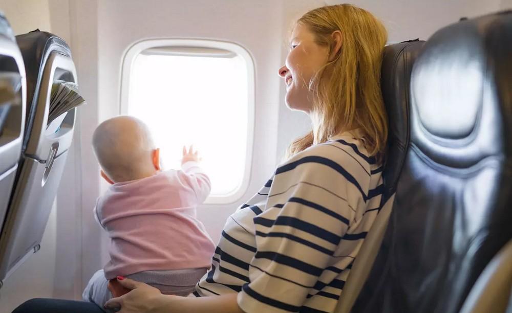 Astuces pour un vol agréable avec votre petit